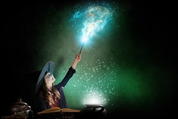 魔法を使う魔女